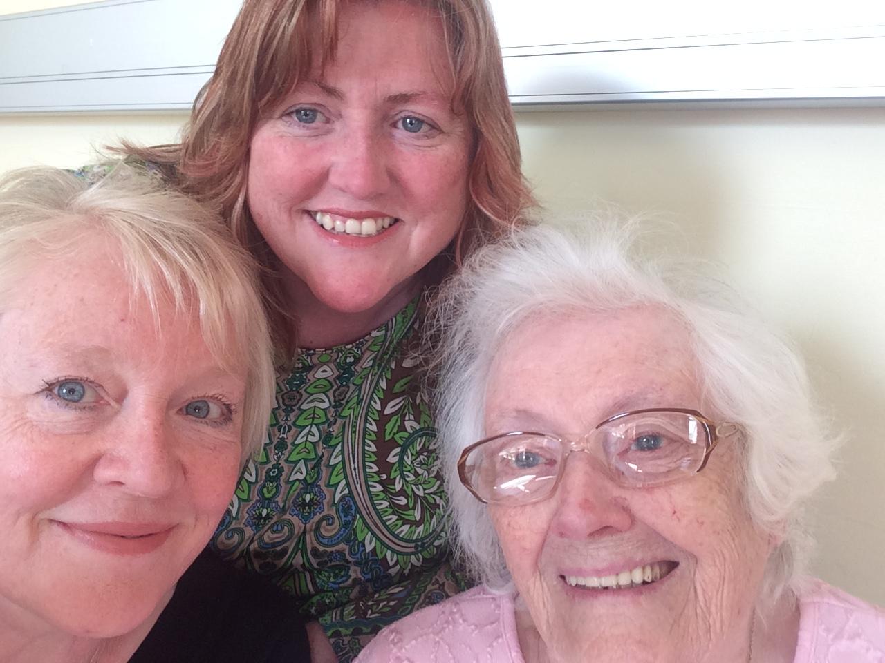 Selfie in hospital with Mum